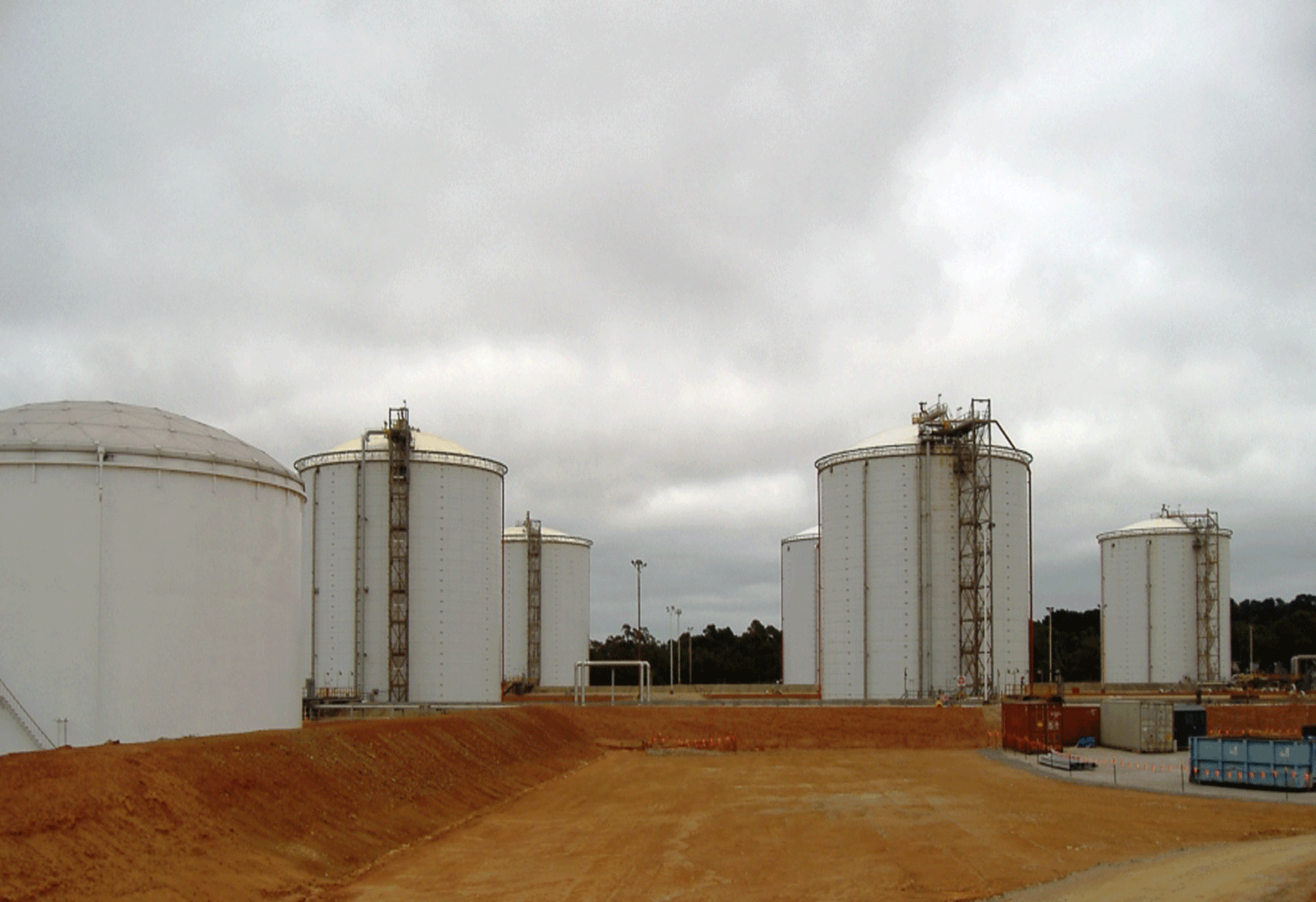 tank insulation systems